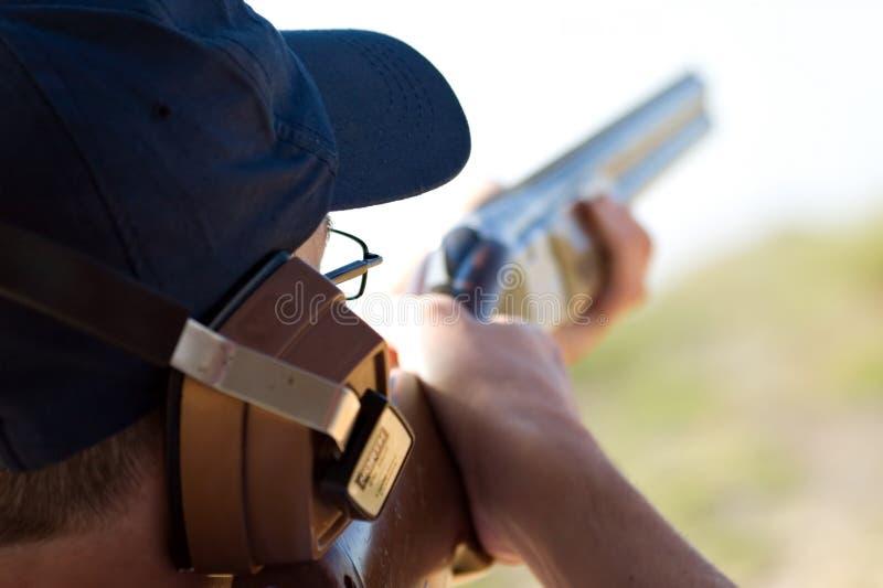 skeet стрельбы стоковое изображение