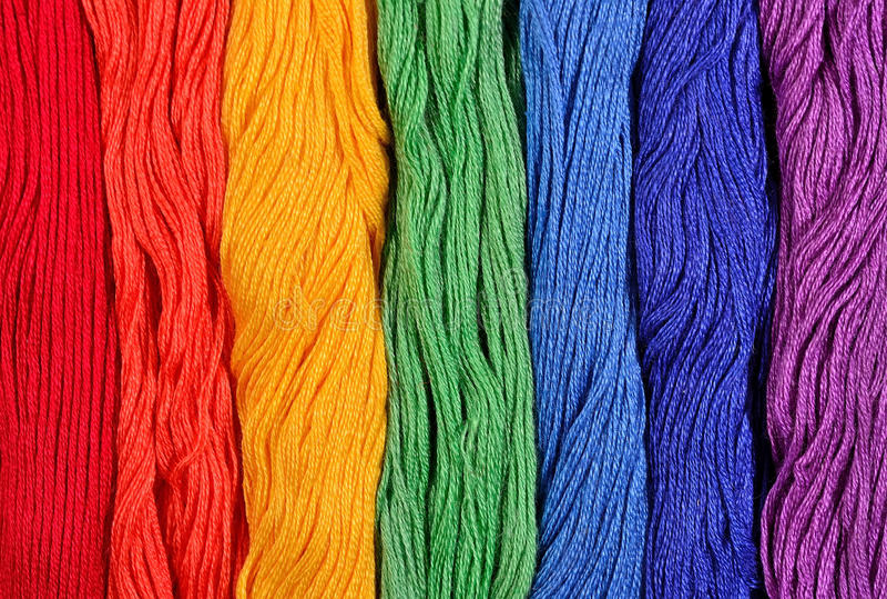 Skeins coloridos do floss como a textura do fundo imagem de stock royalty free