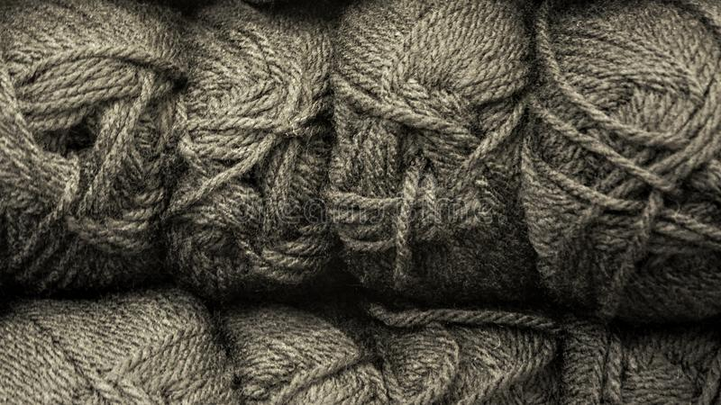 Skeins de lã de Colorfull imagens de stock royalty free