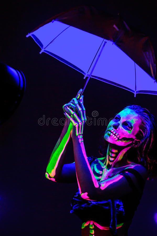 Skelet bodyart met blacklight royalty-vrije stock foto