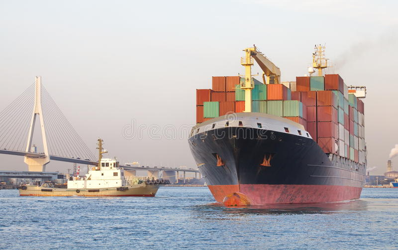 Skepp för behållarelastfrakter royaltyfri fotografi