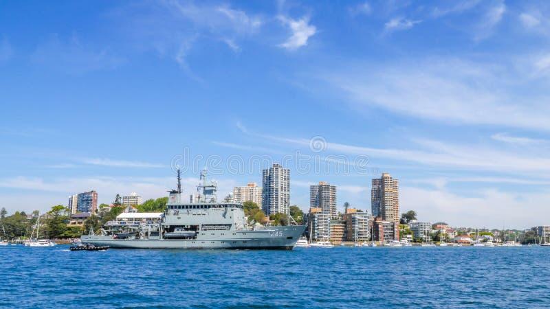 Skepp för granskning för kunglig Australien marin för HMAS Leeuwin A245 hydrografiskt arkivbild