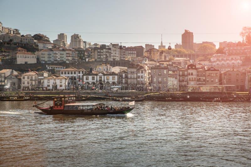 Skepp för Porto passagerarekryssning arkivfoto