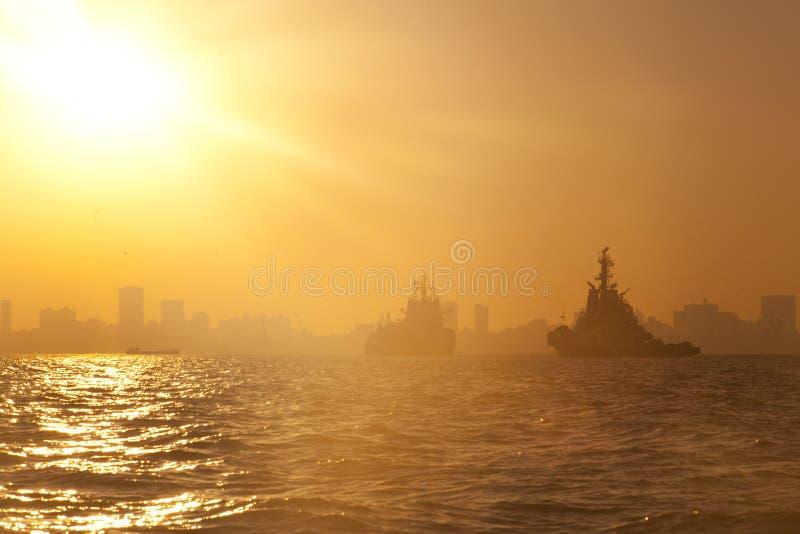 Skepp på hamnen royaltyfria foton