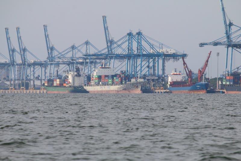 Skepp på Northport, Klang, Malaysia - serie 5 arkivbilder