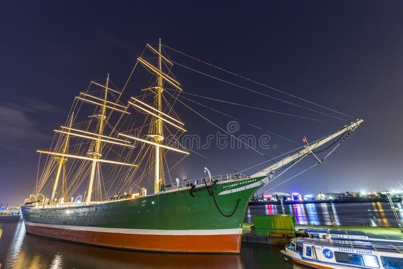 Skepp Rickmer Rickmers i Hamburg arkivfoton
