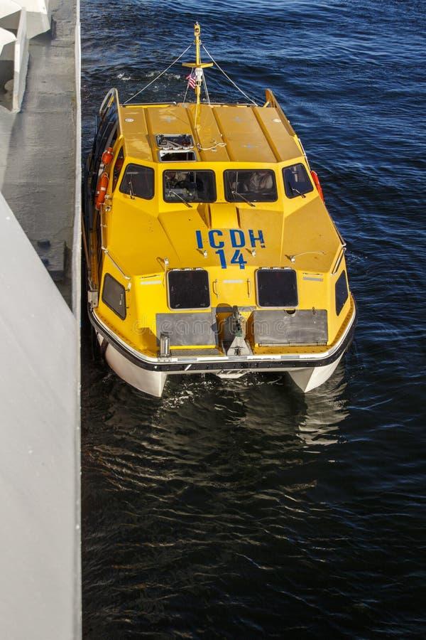 Skepps mjuka fartyg i stånghamnen, Förenta staterna, 2015 royaltyfri fotografi
