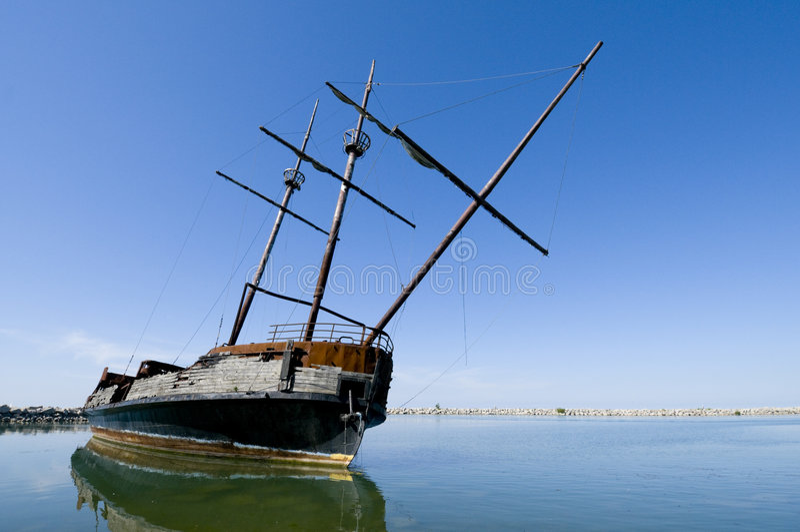 skeppsbrott royaltyfria bilder
