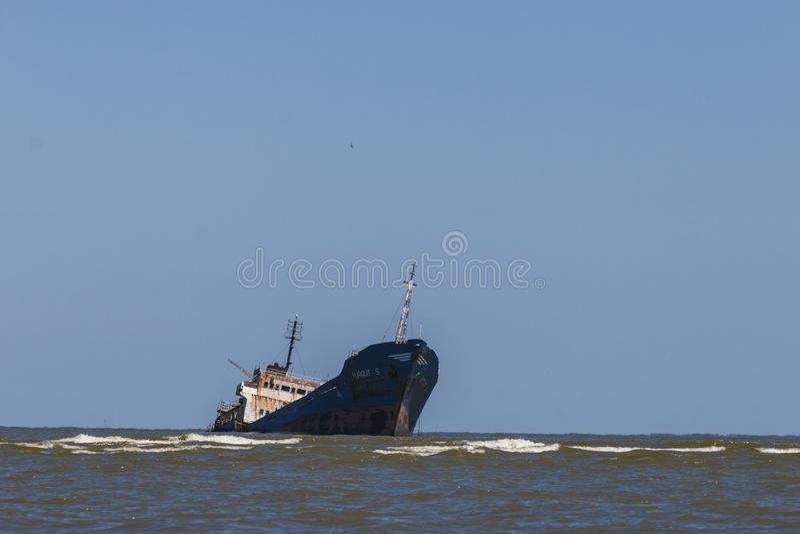 Skeppsbrott på Black Sea, nära den danube deltan, Rumänien royaltyfri foto
