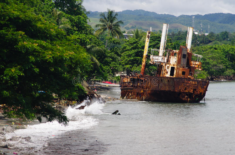 Skeppsbrott - Solomon Islands royaltyfria foton