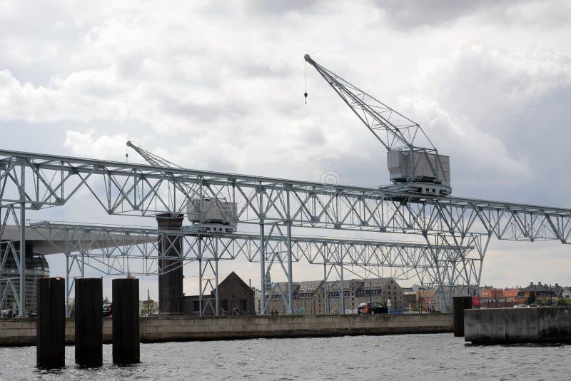 Skeppsdockakranar i Kobenhavn, Köpenhamn, Danmark royaltyfria foton