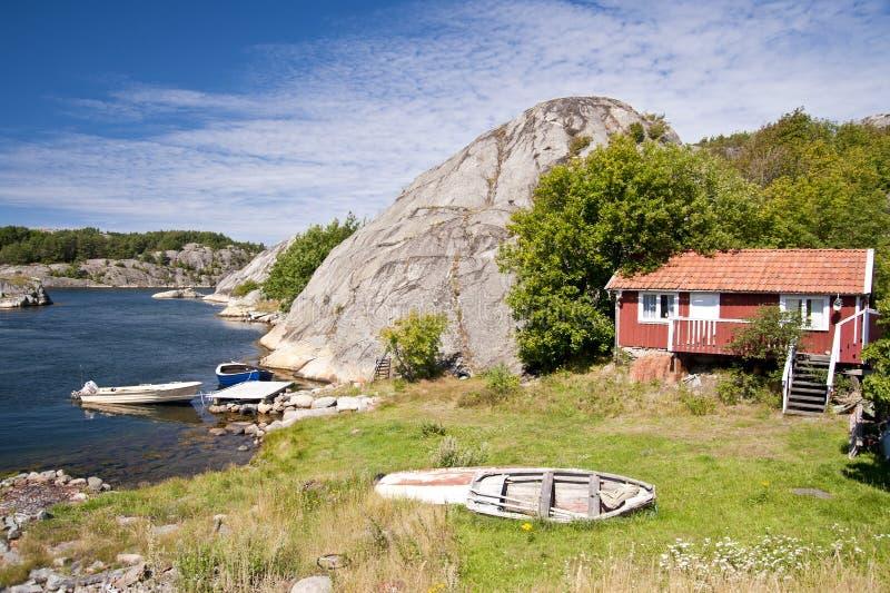 Skerryfelsen von Flatön, Schweden lizenzfreie stockfotografie