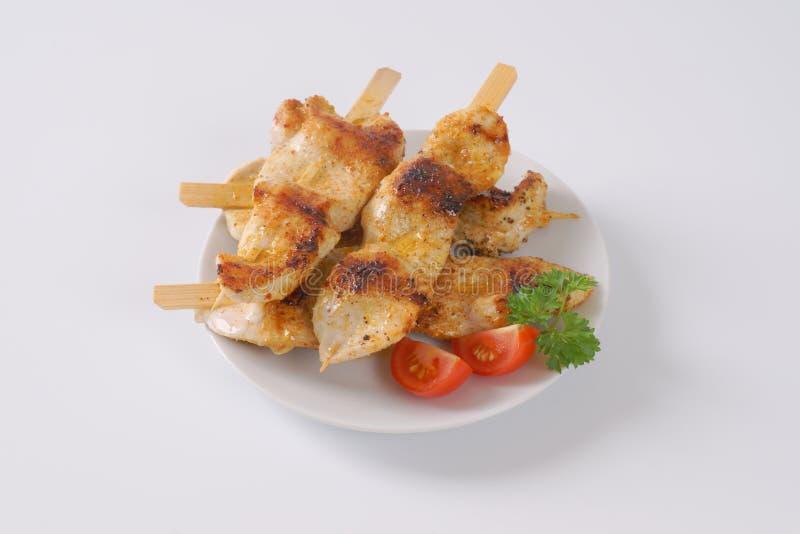 Skewers grelhados da galinha imagem de stock