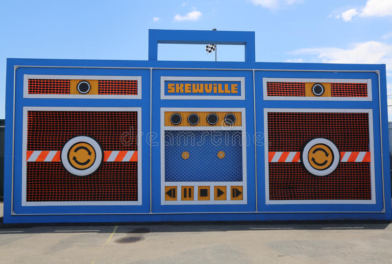 The Skewville twins completed their free-standing monster boom box at the new street art attraction Coney Art Walls. NEW YORK - JUNE 21, 2015: The Skewville royalty free stock image