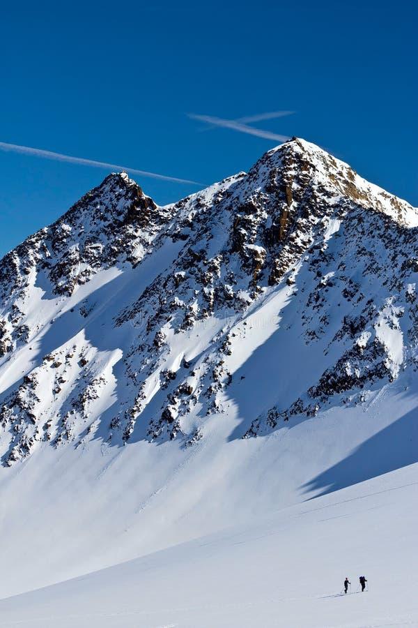 Ski-alpinist het uiteinde van de ijsberg royalty-vrije stock foto