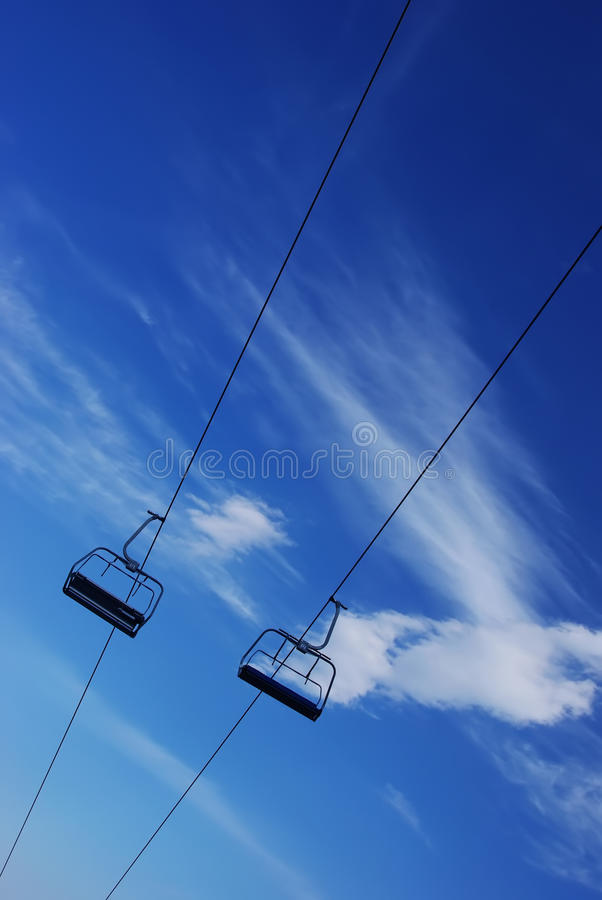Free Ski Chairlift Royalty Free Stock Photo - 9505805