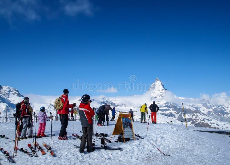 Ski het spelen in Matterhorn, Zermatt, Zwitserland 1 royalty-vrije stock fotografie