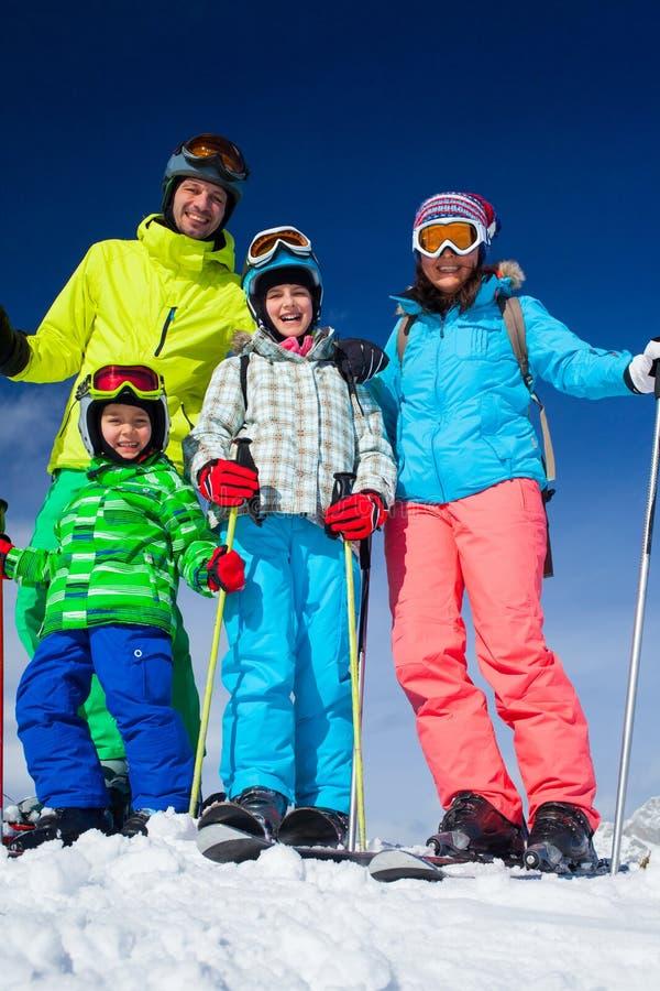 Ski, hiver, neige, skieurs photos libres de droits