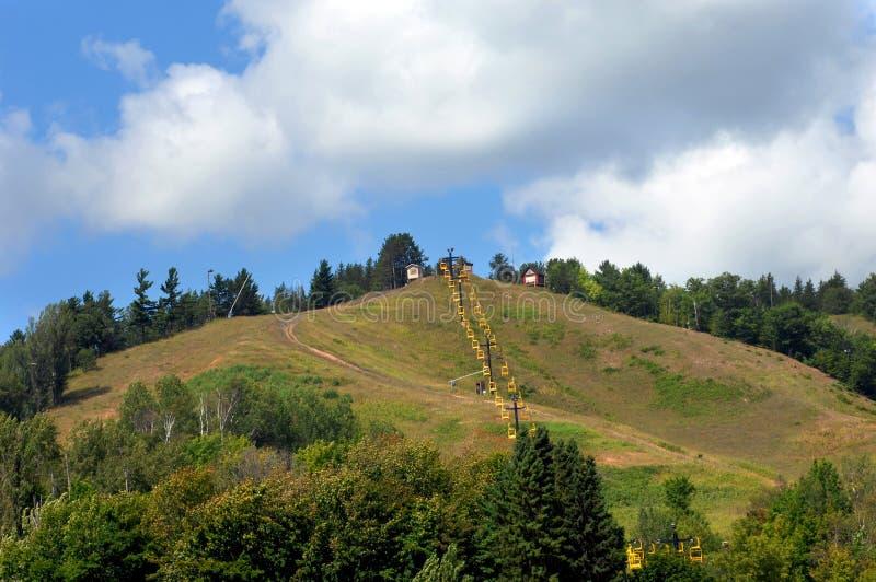 Ski Lift in de Zomer royalty-vrije stock foto