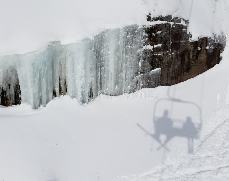 Ski lift vector illustration