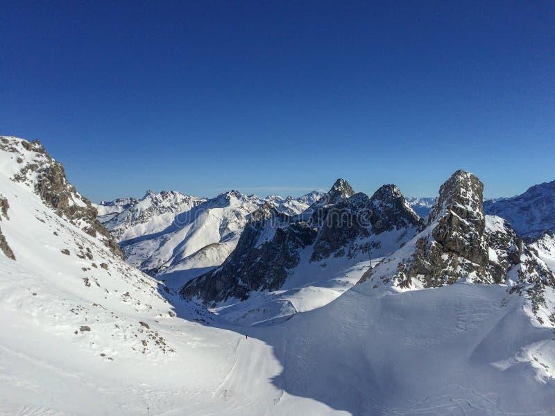 Ski Resort St Anton f.m. Arlberg, Österrike arkivfoton
