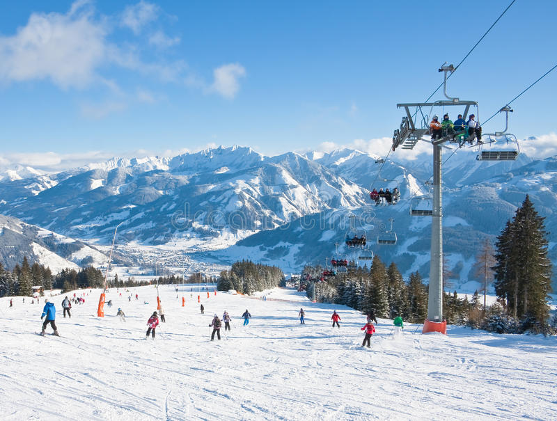 Download Ski Resort Zell Am See Editorial Photo - Image: 26894796