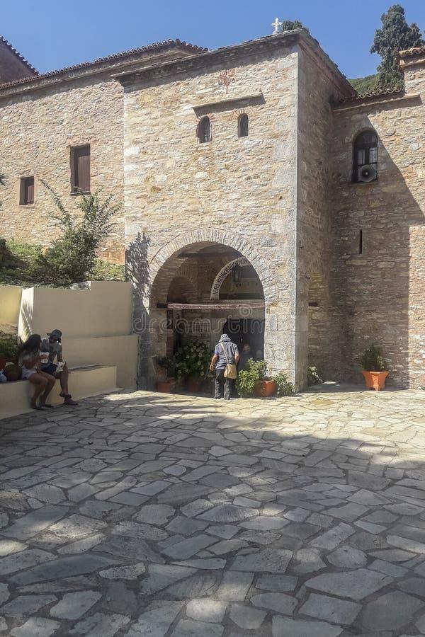 Skiathos海岛的修道院在希腊 免版税库存照片