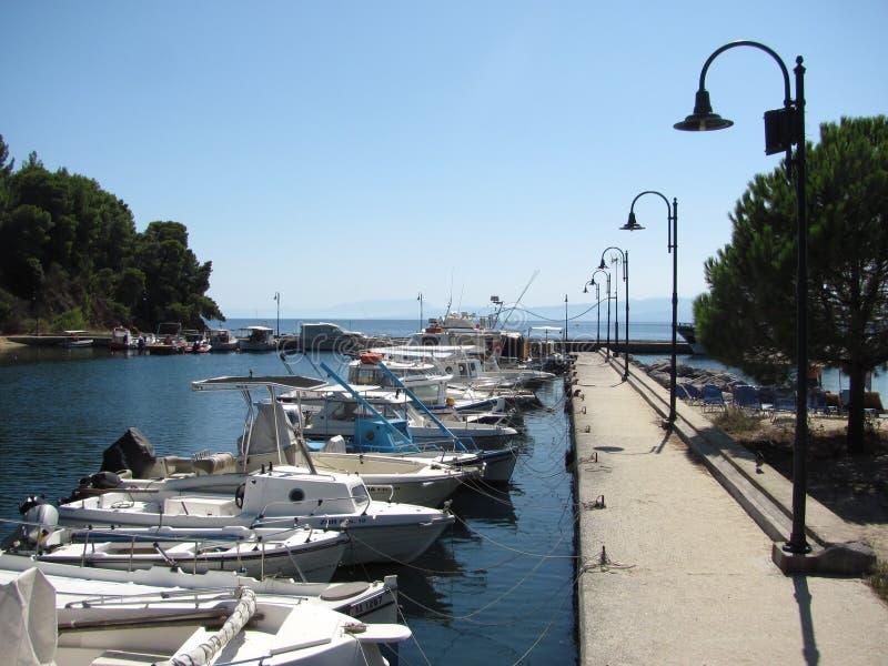 Skiathos i det Aegean havet royaltyfri foto