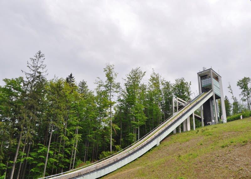 Skidar hoppet i Wisla royaltyfri bild