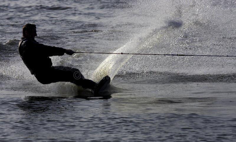 Download Skiervatten fotografering för bildbyråer. Bild av silhouette - 285835