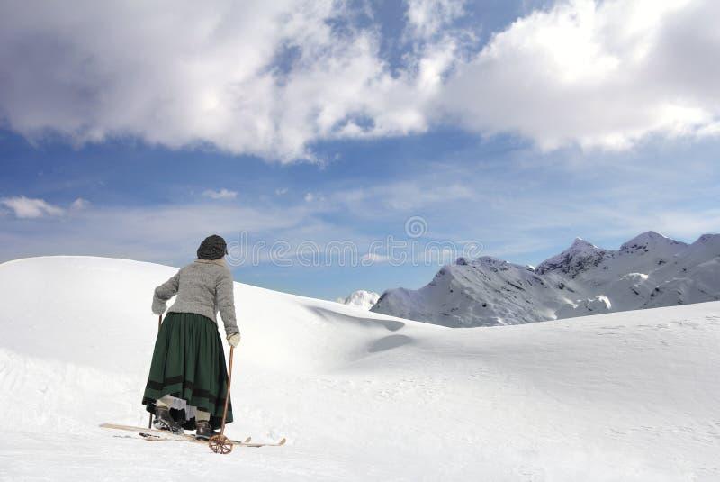 Skieur féminin photo stock