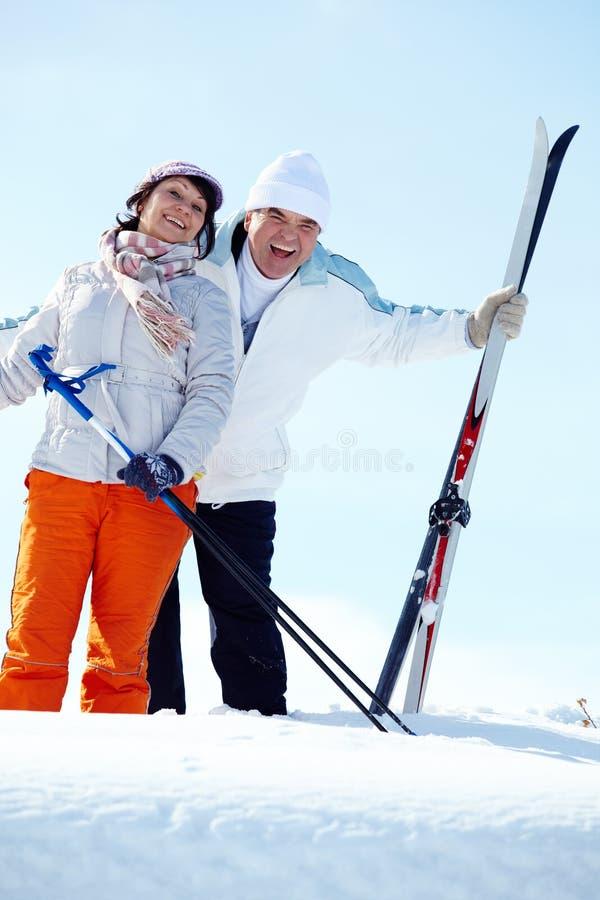 Skieurs mûrs photos libres de droits
