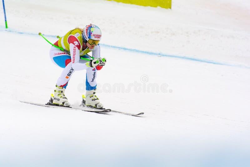Skifahrer konkurriert herein während das des Super Audi-FIS alpine Ski World Cup Womens kombiniert am 28. Februar 2016 in Soldeu, lizenzfreie stockfotografie
