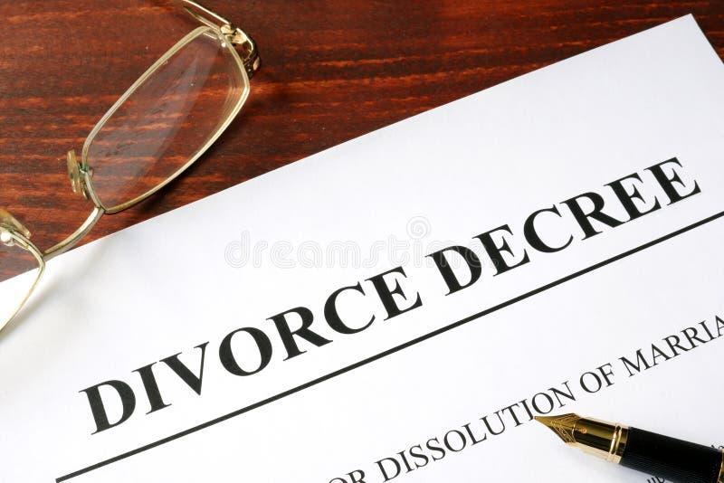 Skilsmässadekretform arkivfoton