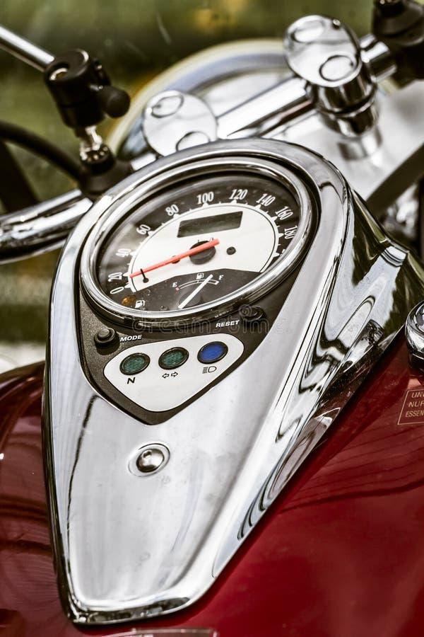 Skinande krom pläterad motorcykel arkivfoto