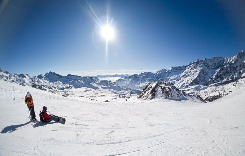 Skiort von Cervinia, Italien lizenzfreies stockbild