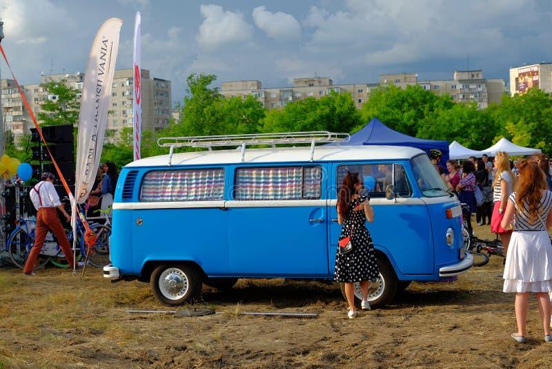 Skirtbike 2016 i Bucharest, Rumänien royaltyfria foton