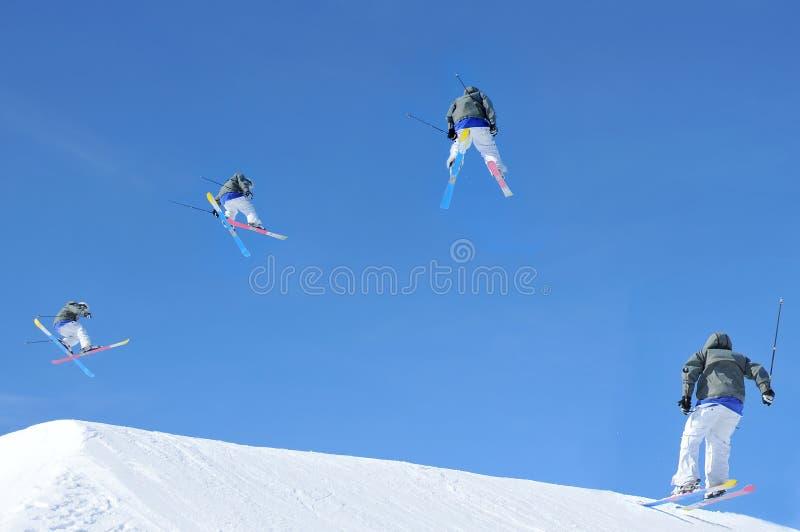 Skisprungreihenfolge lizenzfreie stockfotografie