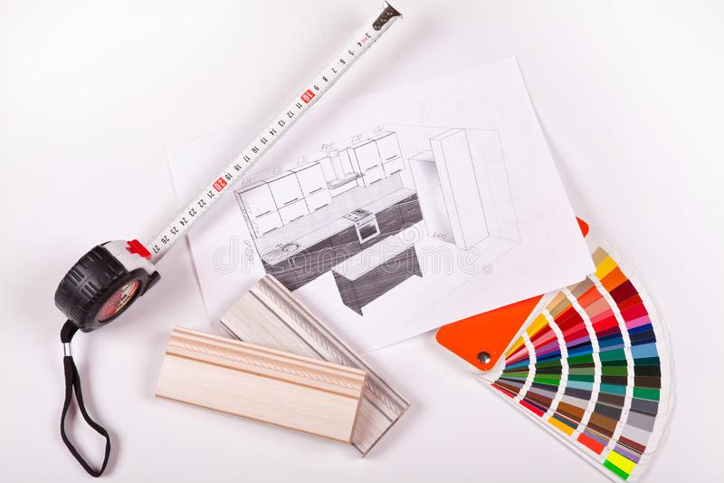 Skissa av kökmöblemang och färgpaletten på en vit bakgrund Specialtillverkat möblemang royaltyfri fotografi