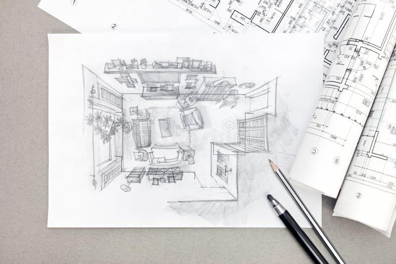 Skissa Freehand den arkitektoniska teckningen av vardagsrum med blyertspennan royaltyfria bilder