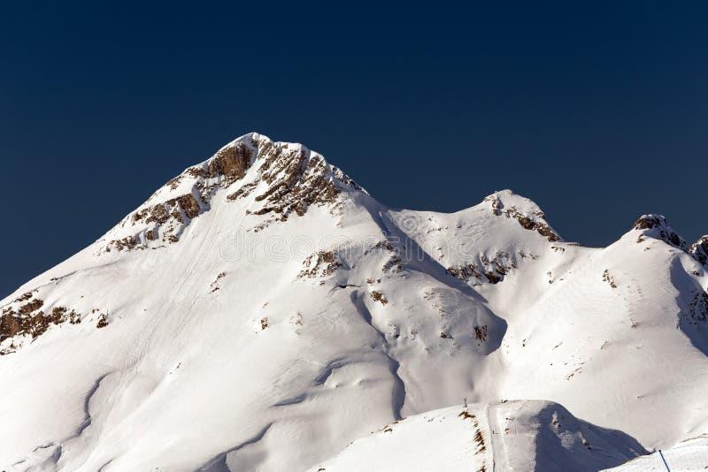 Skitoevlucht Rosa Khutor Bergen van Krasnaya Polyana Sotchi, Rusland stock afbeeldingen