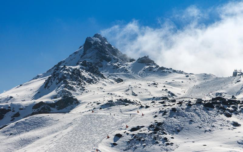 Skitoevlucht van Ischgl in Oostenrijk, royalty-vrije stock foto's