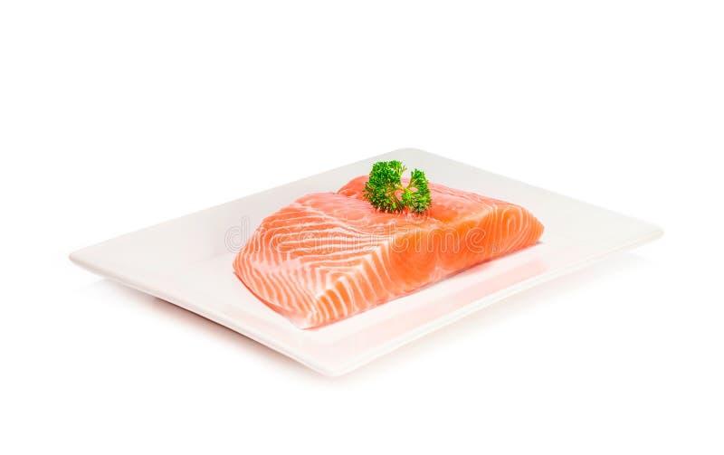 Skiva för nytt kött för laxfisk på vit bakgrund arkivfoton