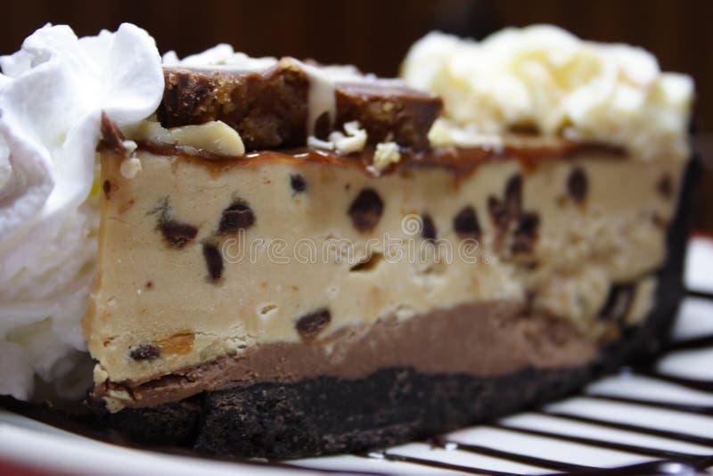 skiva för pie för smörchokladjordnöt royaltyfri bild