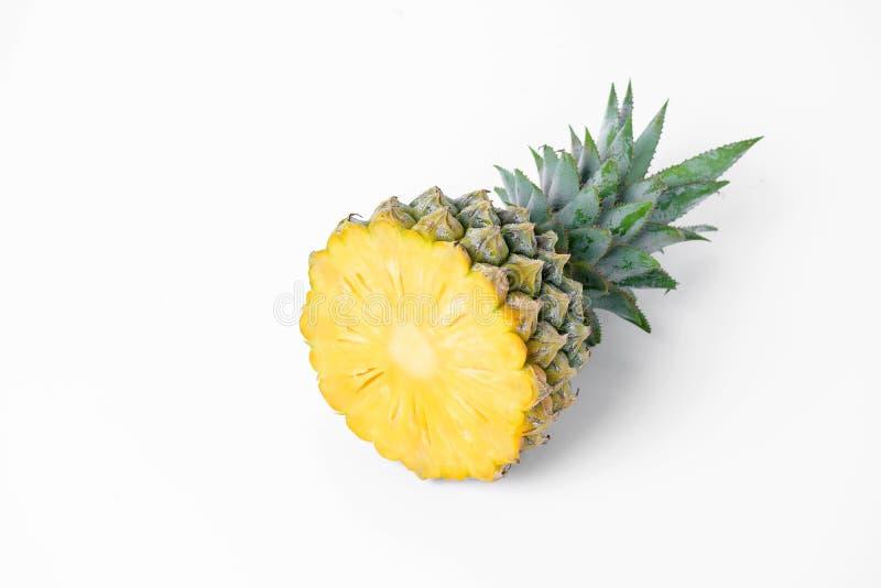 skivad ny ananas royaltyfri fotografi