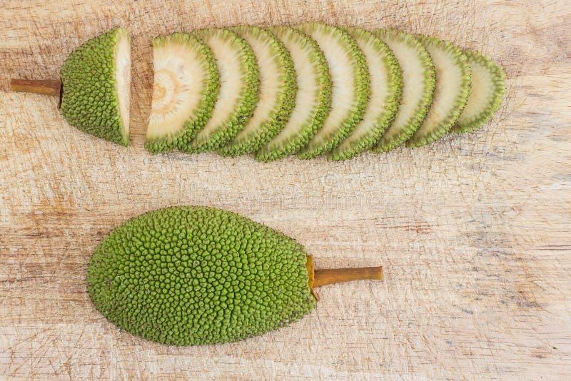 Skivad omogen jackfruit royaltyfri bild