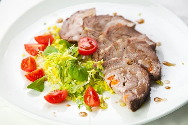 skivade grönsaker för ny meat arkivfoto