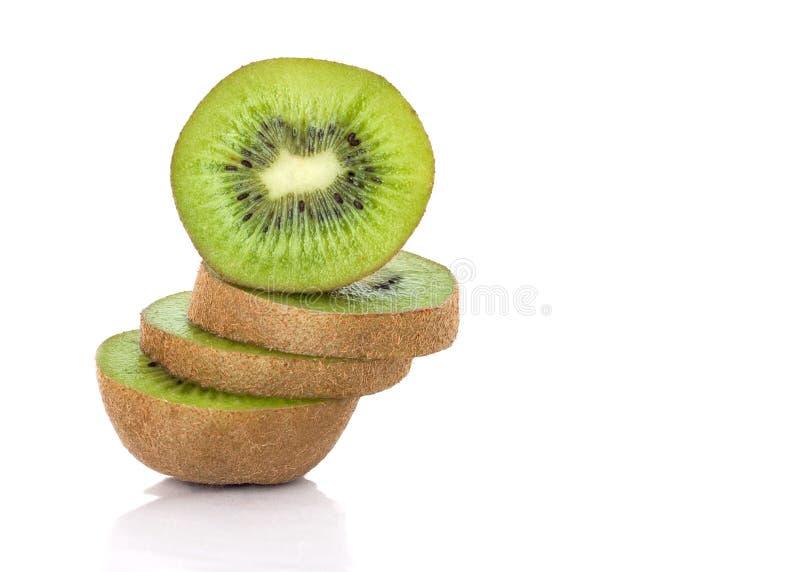 Skivade Kiwi Fruit Stack royaltyfri fotografi