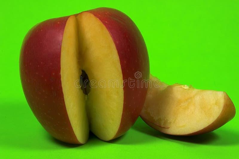 skivat äpple arkivfoto