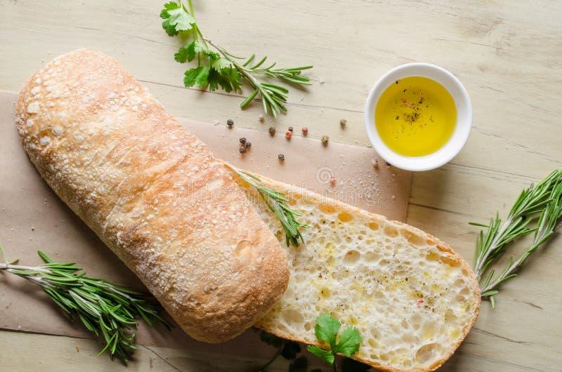 Skivat bröd Ciabatta royaltyfri foto